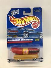 Hot Wheels Oscar Mayer Wienermobile #204 3029 1997 Hot Dog on Wheels NOS