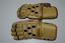 WINNWELL Hockey Gloves RARE Vintage 640 Jr? Small Adult? Leather Armor Lacrosse