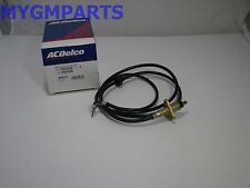 CHEVY ASTRO VAN SAFARI  ANTENNA CABLE AND MOUNT 1996-2005 NEW OEM GM   15052356