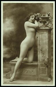 Original 1910 French Postcard Photo Voluptuous Nude Girl Fernande Jean Agelou