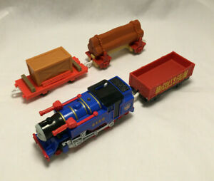 Thomas & Friends Track Master Belle Electronic Moving Train - Mattel 2010