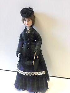 VINTAGE JILL NIX BEAUTIFULLY DRESSED LADY WOMAN  DOLLS HOUSE DOLLHOUSE DOLL