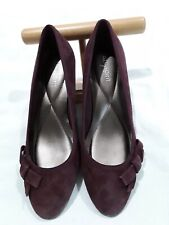 Easy Spirit womens size 6.5 W maroon suede wedges with bow over little toe NWOT