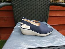 LADIES NAVY NUBUCK LEATHER WEDGE SANDALS BY CLARKS COLLECTION SIZE 6