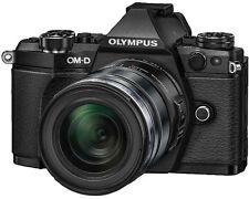 Olympus OM-D E-M5 Mark II  mit 12-50 mm B-Ware unter 500 Auslösungen schwarz