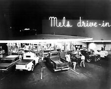American Graffiti 24x30 poster Mel's Drive In with pick up trucks & cars outside