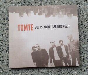 Tomte-Buchstaben über der Stadt (DTH,Kettcar,Thees Uhlmann,Danger Dan,Broliers)