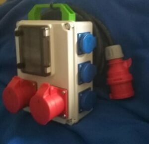 Stromverteiler Adapter 32A auf 2x CEE 16A und 3x Schuko kleines Gehäuse