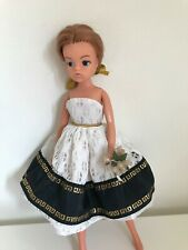 BEAUTIFUL SINDY DOLL - 2 GEN 1077 - 033055X, VINTAGE HTF AUBURN SINDY DOLL