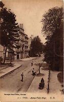 CPA  Toul - Avenue Victor-Hugo  (385926)