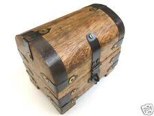 2. Opción Caja Tesoro Cofre Aparador de madera 11x7x9 cm