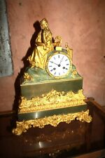 Pendule Bronze doré Femme Livres et Harpe 18th  Restauration french clock Ormolu