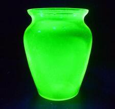 LOVELY LARGE VINTAGE RETRO GREEN GLASS URANIUM VASE CZECH BOHEMIAN ? 20cm x 15cm