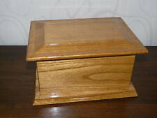 CUTHBERT natural oak wooden ashes casket Sympathy/ Bereavement