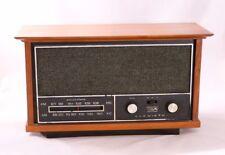 Vintage RCA Victor RJC80W-K Walnut Radio - Tested Works