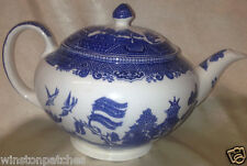 JOHNSON BROTHERS ENGLAND EARTHENWARE WILLOW BLUE TEAPOT & LID 40 OZ