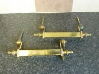ANTIQUE PAIR OF LATE 19TH/EARLY 20TH CENTURY BRASS DROP DOWN SWING HANDLES