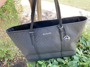 Michael Kors Jet Set Carryall Signature Black - Silver XL Travel Weekender Tote