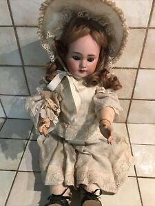 poupee ancienne tete porcelaine marquée DEP 7