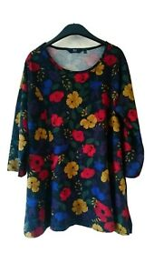 Womens EWM ISLE Collection Comfort FLORAL TOP TUNIC Size 14, 18, 20