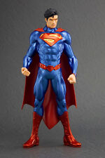 Statua Superman 20cm ARTFX Plus Kotobukiya