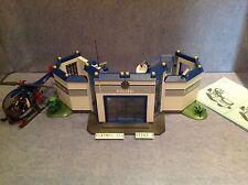 (O4263.3) playmobil Caserne polizei + hélicoptère ref 4263