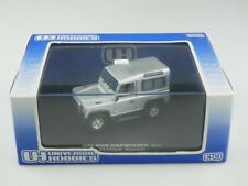 Universal Hobbies 1/43  Land Rover Defender 90 Station Wagon mit Box 515600