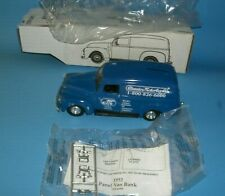 1951 GMC Panel Truck Bank Classic Motorbooks B-609 by ERTL