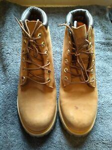 timberland boots unisex size 6 used