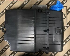 Genuine Fiat 500 1.2 Air Filter Assembly 51886106