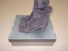 La Canadienne Toni womens boots shoes heels size 6.5 brown waterproof zipper