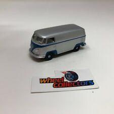 Volkswagen T2 Panel Bus * Greenlight LOOSE 1:64 Diorama * F260