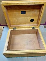 Vintage HANDCRAFTED CIGAR HUMIDOR Red Oak/Cedar with Humidity Gage