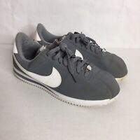 Nike Mens Basic Gray White Nubuck Cortez Sneaker Shoes 820644 011 Size 9