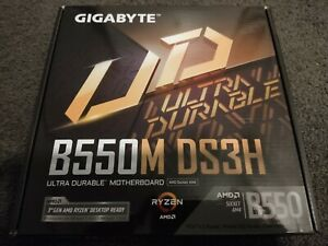Gigabyte B550M AMD Ryzen Motherboard DS3H AM4 MicroATX DDR4 M.2 PCIe 4.0 GbE LAN
