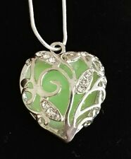 Unique Magical Glow in the Dark GREEN Pendant Locket Heart Luminous Necklace