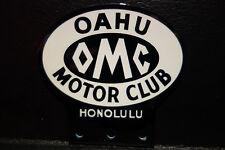 License Plate Topper OMC OAHU MOTOR CLUB HONOLULU  3 1/2 H X 3 5/8 W
