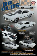 Acme 1:18 1970 Oldsmobile 442 W30 Dr Olds #5 - White Ht & Vt Pair - Last Pair