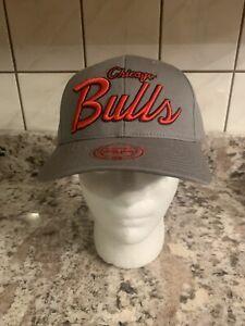 Chicago Bulls Script Mitchell & Ness SnapBack Cap - OSFA