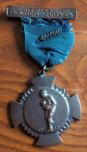 UNITED STATES - DAILY NEWS, GOLDEN GLOVES 1932 MEDAL. 135 POUNDS JOHN ALAIMO