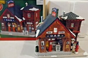 Lemax 2017 BIG PINE GAS STATION, Lighted Building #75205