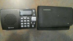 RadioShack Compact Portable AM/FM Shortwave Radio Cat No:2000658