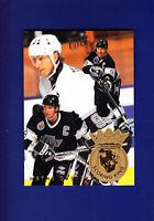 Wayne Gretzky HOF 1994-95 Fleer Ultra Hockey Scoring King #4 (NM+) L.A. Kings