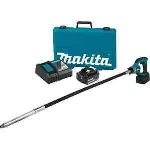 Makita Concrete Vibrator Kit 18-Volt 4 ft 5.0Ah Li-Ion Cordless Protective Cover