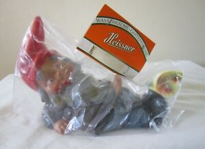VINTAGE HEISSNER RUBBER RECLINING LAYING GNOME & BUTTERFLY W GREEN TAG IN BAG