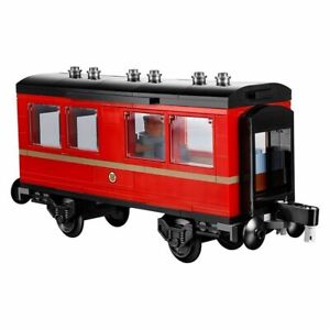 LEGO Hogwarts Express 75955 Passenger Carriage only taken from NEW set.