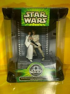 Star Wars - Silver Anniversary - Luke Skywalker & Princess Leia Swing to Freedom