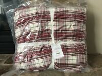 POTTERY BARN Hannon Plaid Reversible Full / Queen Comforter Only Santa Christmas