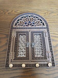 PERSIAN WOODEN KEY RACK WITH MIRROR