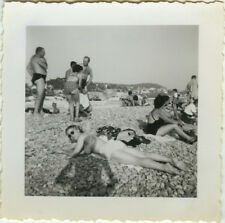 PHOTO ANCIENNE - VINTAGE SNAPSHOT - FEMME PLAGE OMBRE PHOTOGRAPHE - WOMAN BEACH
